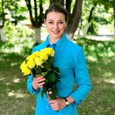 Александра Никифорова невеста комдива